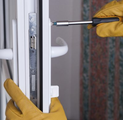master of installation and repair of door locks at work